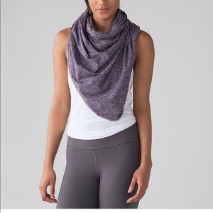Lululemon scarfs